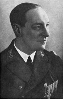Karel Doorman as a Lieutenant-Commander. Photo was taken in 1931